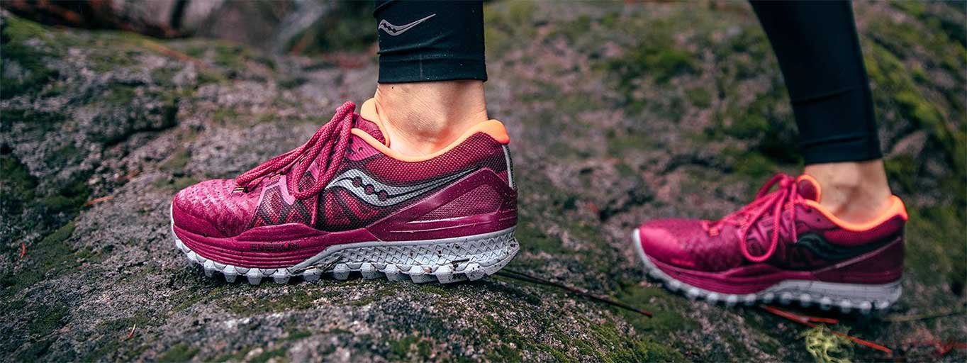 Saucony Xodus ISO 2 berry coral femme action